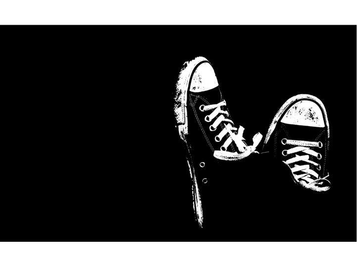 黑色简约ppt背景模板免费下载